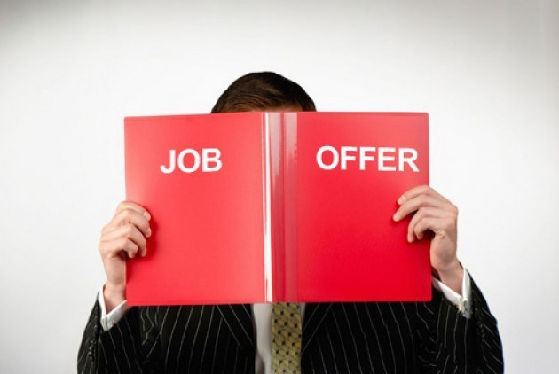 5 Important Things to Consider Before Accepting a Job Offer